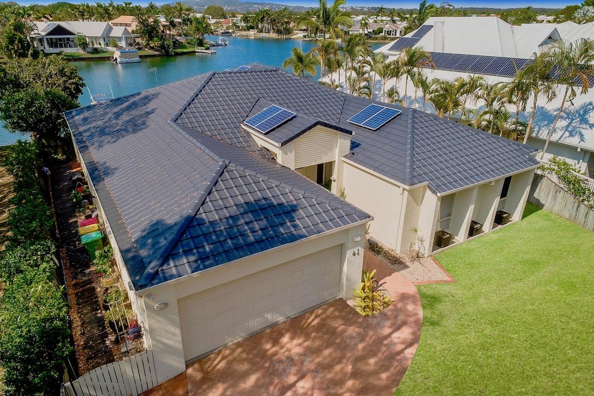 Join a roof restoration franchise